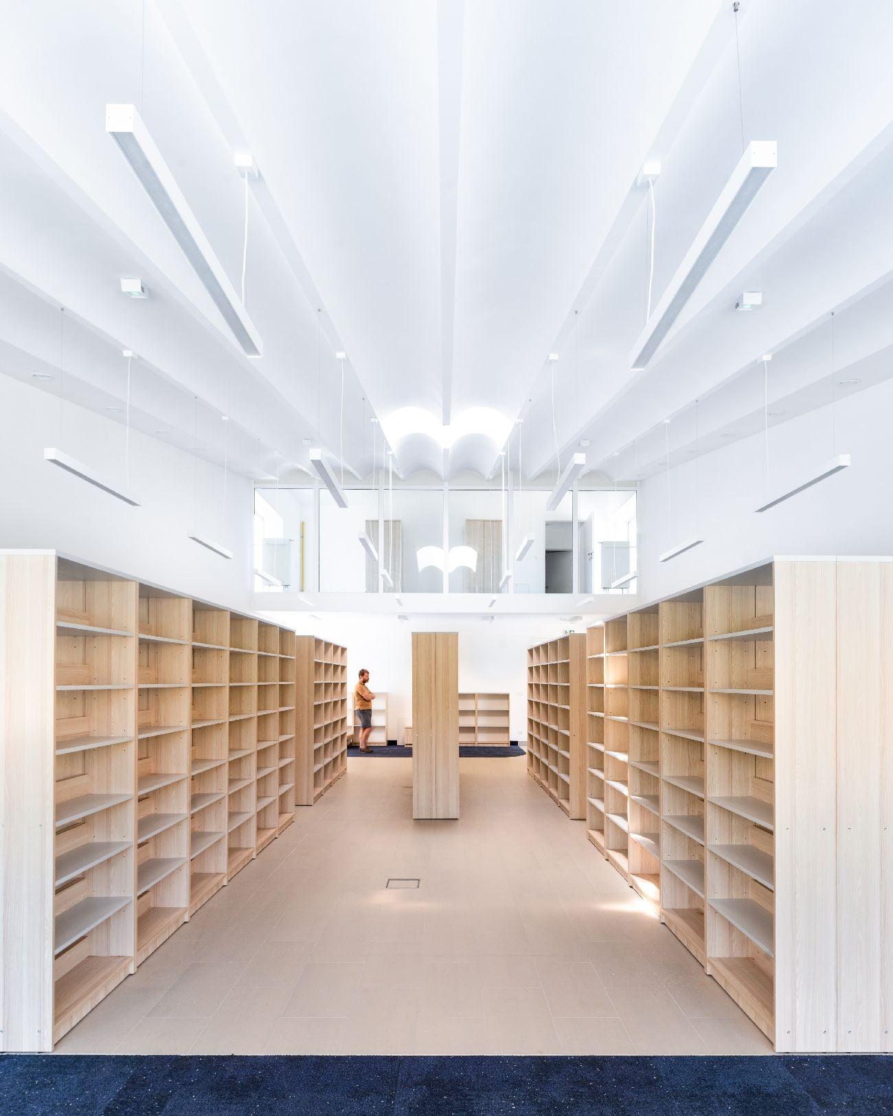 Biblioteka publiczna (3)